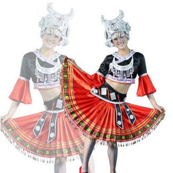 苗族民族舞蹈演出服装